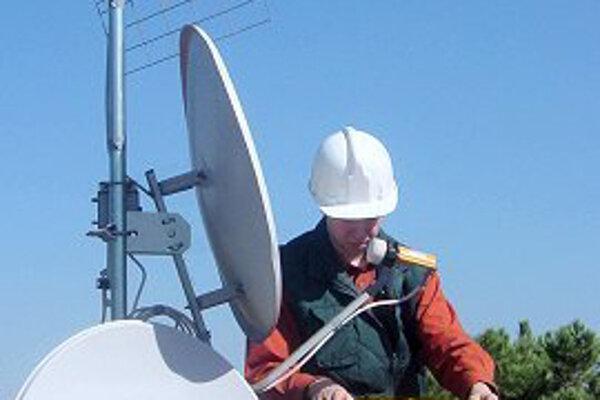 Satelity  môžu vytlačiť káblovú televíziu.