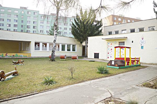 Nadstaviť majú tento jeden pavilón v materskej škole.