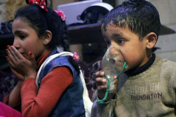 Deti, ktoré aprílový útok v Dúme prežili.