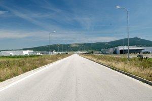 Spoločnosť Nitra Invest otvorila voči MH Invest v uplynulých troch rokoch šesť súdnych sporov, ktoré sa týkajú pozemkov v Strategickom parku Nitra. Išlo o žaloby pre vyvlastnenie pozemkov.