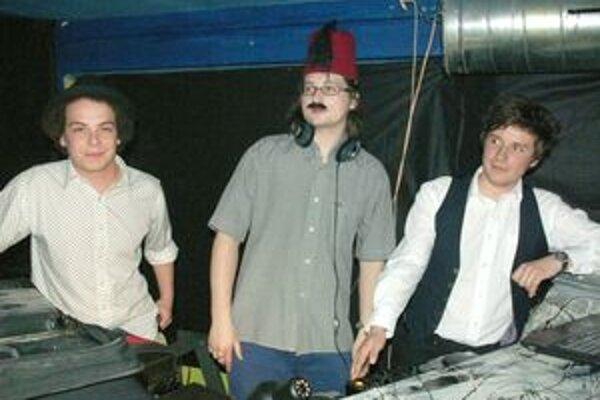Chlapci z kapely.