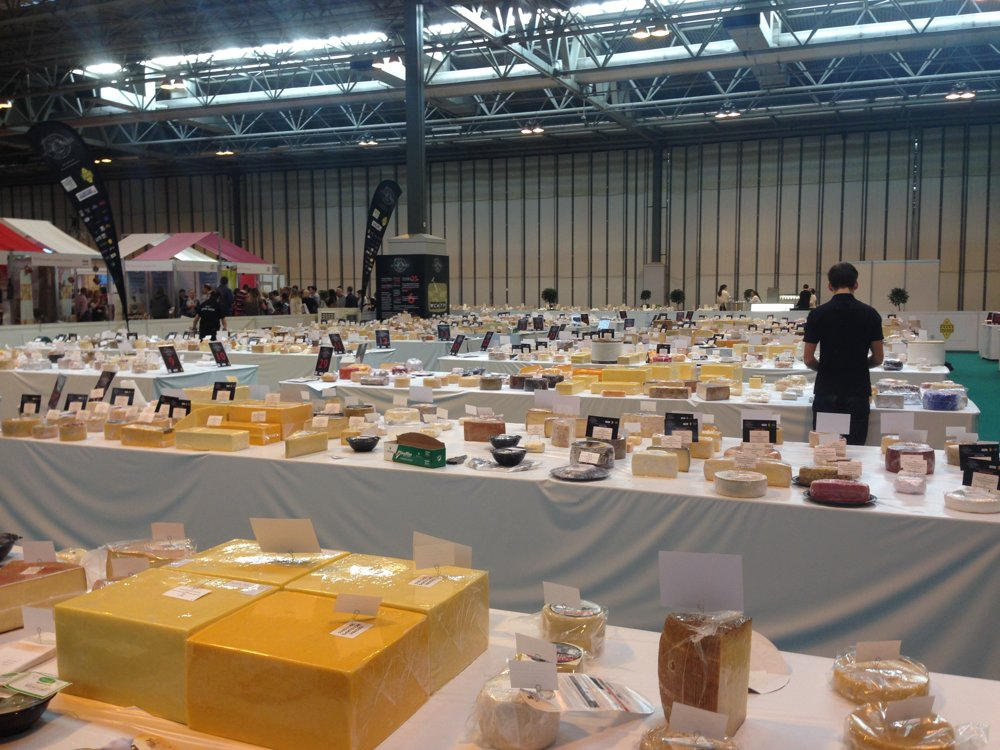 World Cheese Award je jedna z najväčších a najprestížnejších súťaží syrov na svete. Koná sa v Birminghame vo Veľkej Británii a naživo ju vysiela televízia BBC.