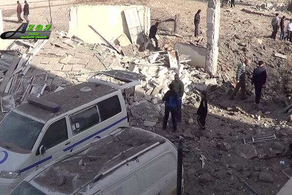 Zničená nemocnica v meste Azáz.