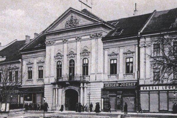Župný dom Abovsko-turnianskej župy.