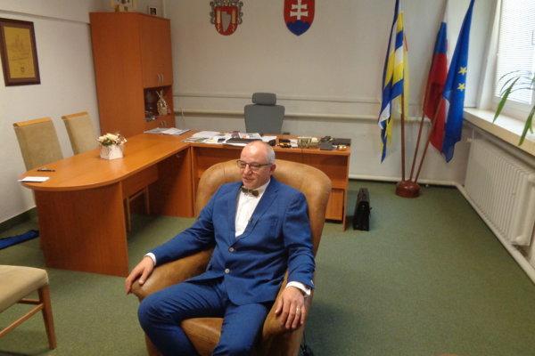 Súčasný primátor Šale Jozef Belický nemá protikandidáta.