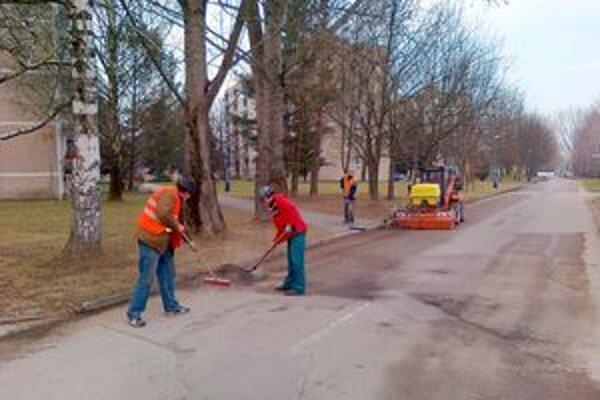 TSM s jarným čistením začali začiatkom marca.