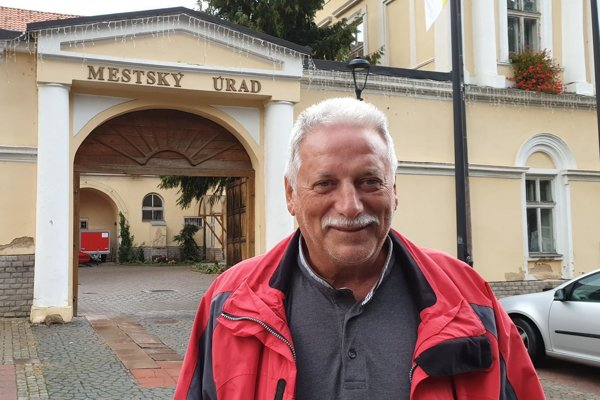 Primátor Tisovca Peter Mináč.
