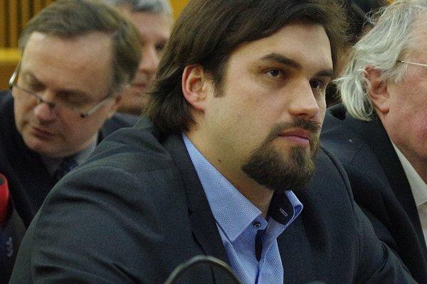 Andrej Péli na jednom zo zastupiteľstiev.