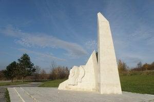 Pamätník SNP na Banskej v Prievidzi sa dočká obnovy.