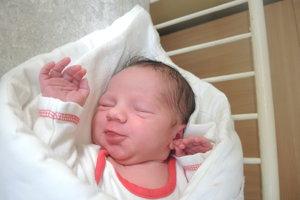 Laura Čičová (3040g, 48cm) sa narodila 6. novembra Lenke a Lukášovi z Hrabovky.