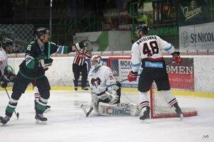 Prvý gól Tomáša Urbana v novozámockom drese. PO jeho zásahu sa MHC vrátil do zápasu.