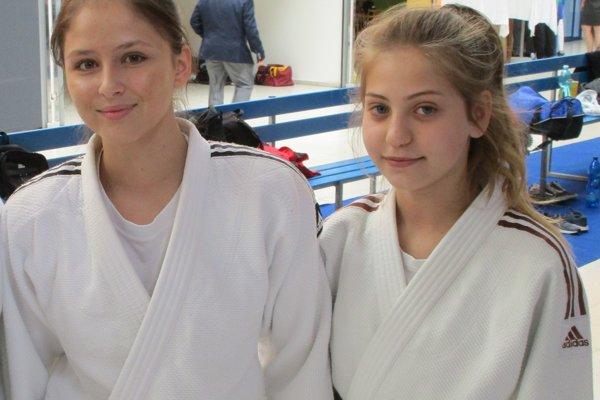 Medailistky Veronika Útisová (vľavo) a Bronislava Škorňová.