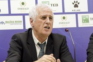 Bernard Challandes, tréner Kosova.