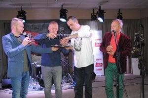 Krst CD: Zľava Sluk, Herstek, Soviar, Vančík.