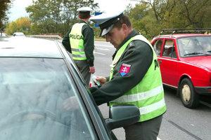 Vodič z Kysúc jazdil bez vodičského oprávnenia.