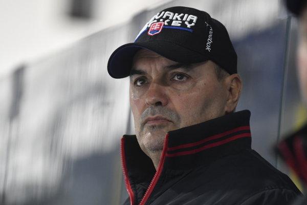 Tréner Ernest Bokroš.