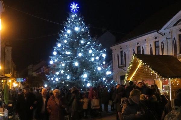 Vianočné trhy začali už minulý týždeň.