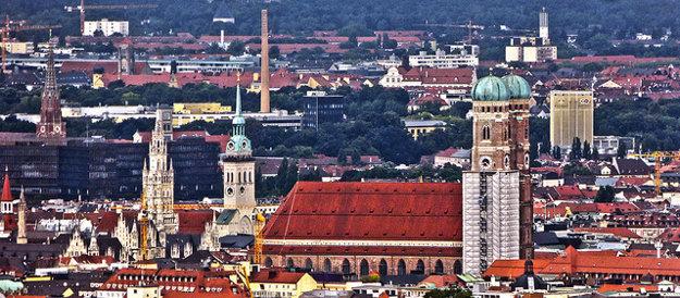 Panoráme bavorského Mníchova (4. miesto v rebríčku) dominuje kostol Frauenkirche,