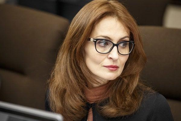 Návrh predložila ministerka zdravotníctva Andrea Kalavská.