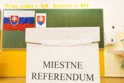 Obce čaká miestne referendum.