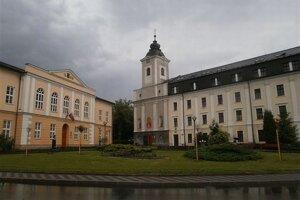 Katolícka univerzita.