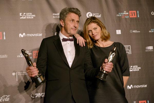 Pawel Pawlikowski so svojou manželkou.