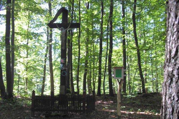 Kríž na hrebeni Bukovinky postavili pred 120 rokmi.