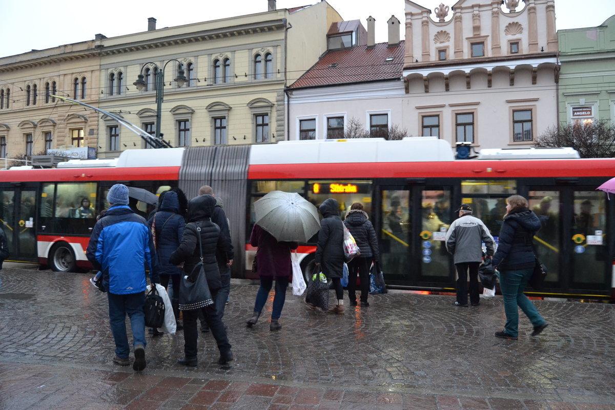 90f6d0180a91 Integrovaná doprava medzi Prešovom a Košicami má byť v roku 2019 ...