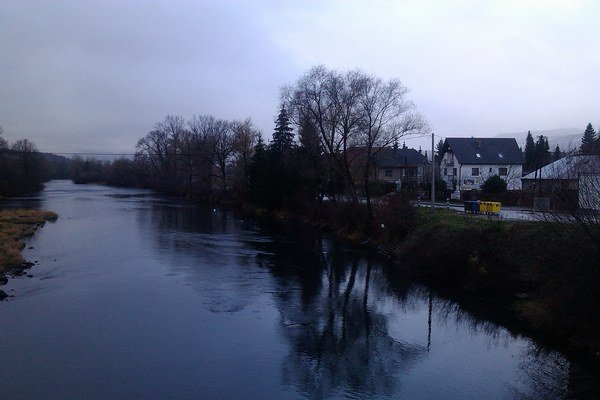 Rieka patrí od Bešeňovej po Krpeľany do 4. stupňa ochrany. Na zásah do nej treba špeciálne povolenie.