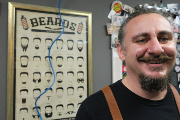 Barbier Robert Boškovski.