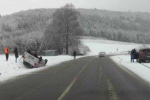 Nehoda pri odbočke na Gregorovce.