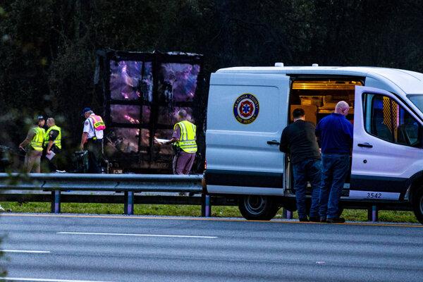 Nehodu neprežilo sedem ľudí.