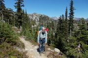 Jadrový fyzik Vladimír Chrapčiak sa narodil vLiptovskom Mikuláši. Až do dôchodku pracoval vo Výskumnom ústave jadrových elektrární vTrnave. Uvidíme ho aj vLiptovskom Mikuláši, vSlovenskom múzeu ochrany prírody ajaskyniarstva. Vpolovici februára príde porozprávať oprechode Pacifickou hrebeňovkou