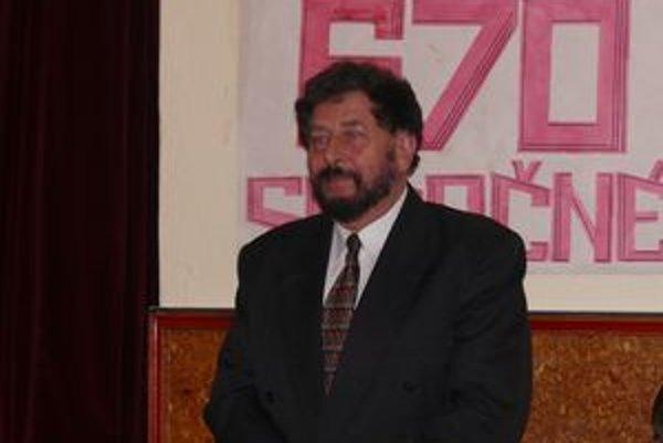 Autor knihy Gejza Sádecký.
