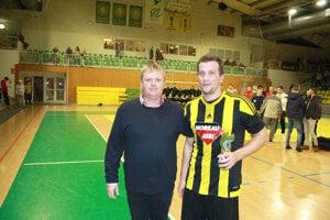 Najlepší strelec: Gabiel Dulai (Želiezovce).