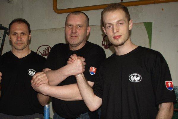 Na fotografii sprava: Igor Kubo, Pavol Baka, Ján Labaj.