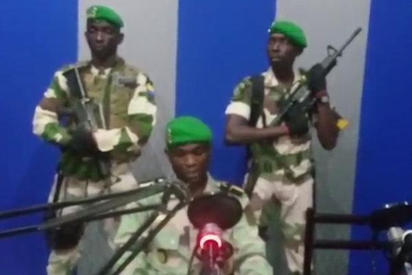 Dvoch účastníkov pokusu o prevrat zabili a ôsmich ďalších zatkli.