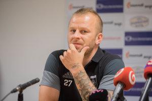 Na prelome rokov 2017 a 2018 oznámil Marek Sapara koniec profesionálnej hráčskej kariéry.