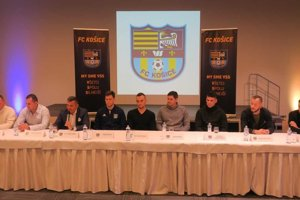 Pätica nových posíl FC Košice (sprava): Karaš, Pavúk, Radovanovič, Giertl a Kačala.