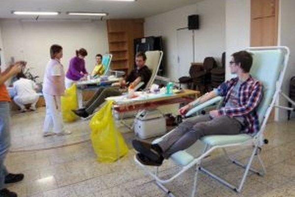 Univerzitné pastoračné centrum organizuje  darovanie krvi            v zimnom aj letnom semestri.