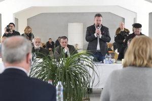 František Oravec reční počas decembrového stretnutia s europoslancami v Gyňove.