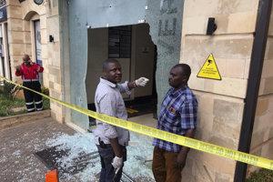 Ozbrojenci zaútočili na hotelový komplex.
