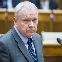 Peter Kresák.