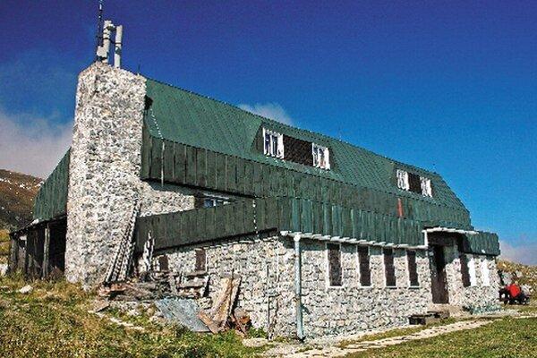 Pod Ďumbierom na chate M. R. Štefánika sa uskutoční spoločné stretnutie v krásnej nizkotatranskej prírode.