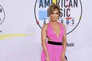 Objemná ofina podľa Jennifer Lopezovej