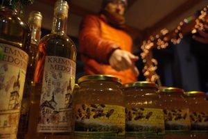 Kremničania varia vlastnú medovinu.