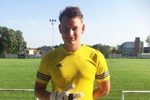 Marek Košlab prišiel o jeden prst, ale chytá ďalej – s upravenými rukavicami.