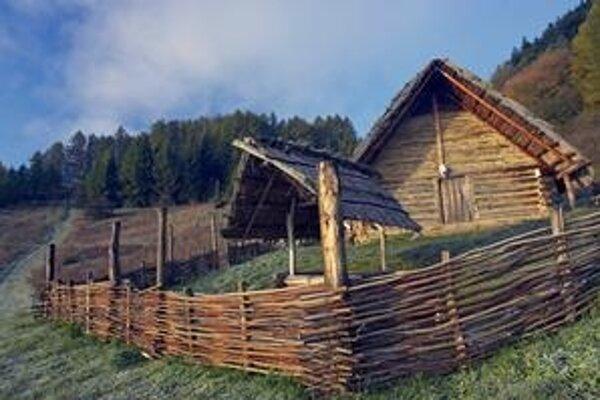 Kamenné murivo v keltskej osade na Havránku narúša vplyv počasia.