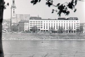 Hotel Danube otvorili 1. apríla 1992.