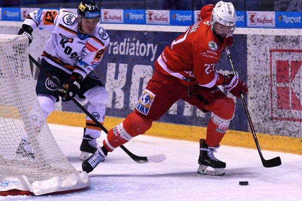 Tomáš Slovák (vpravo) ešte v drese Mišovca. S Ladislavom Nagyom sa však stretnú v jednom klube.